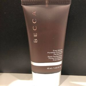 NEW Becca Ever-Matte Poreless Primer!